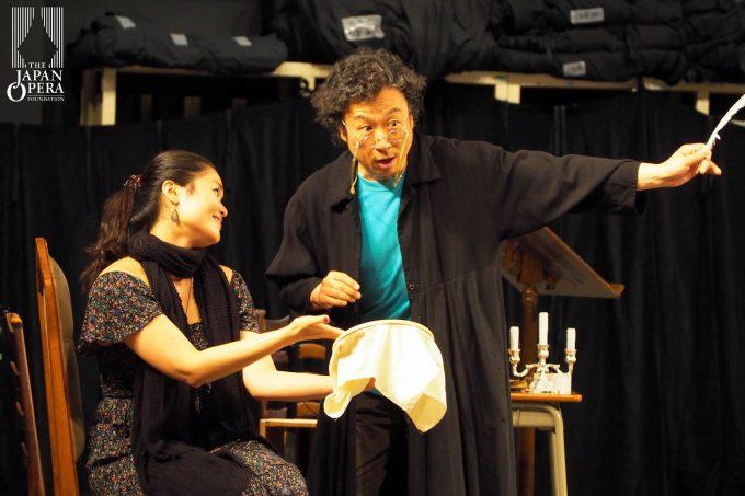 29日組の脇園 彩(ロジーナ))と柴山昌宣(バルトロ)