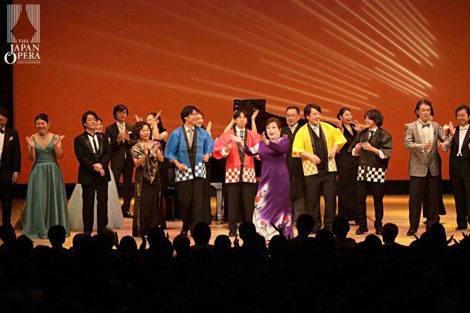 出演者全員によるアンコール 「お別れマンボ」!?