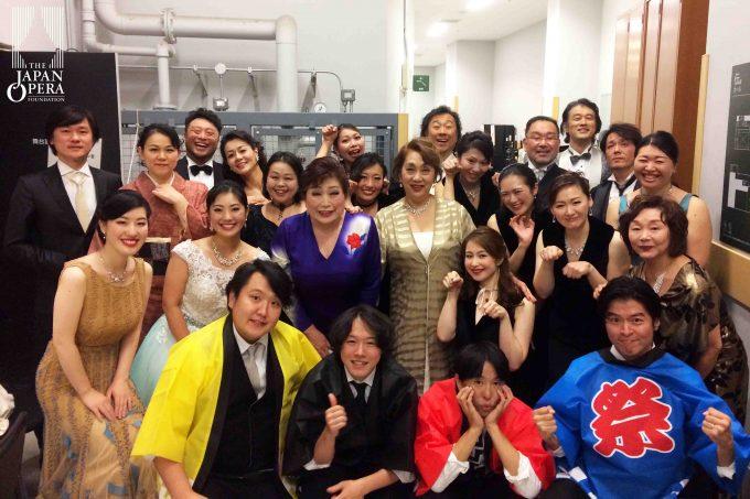 終演後に郡愛子総監督と出演者全員で♪