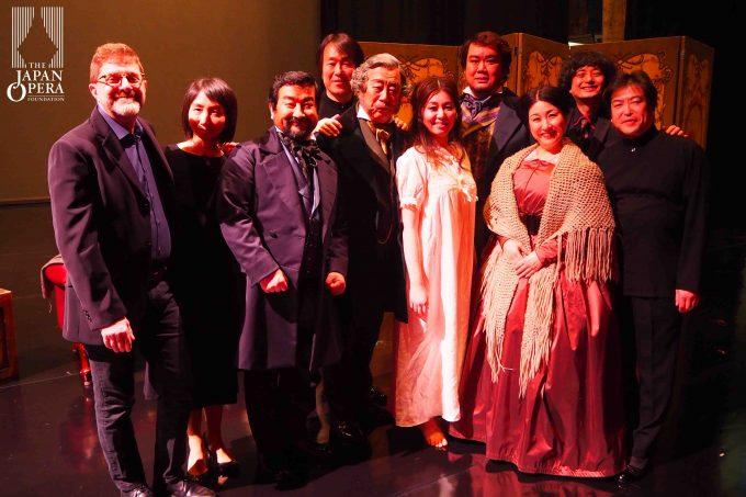 終演後にアレッサンドロ・チャンマルーギ、佐藤正浩マエストロ、粟國 淳他スタッフとキャストで
