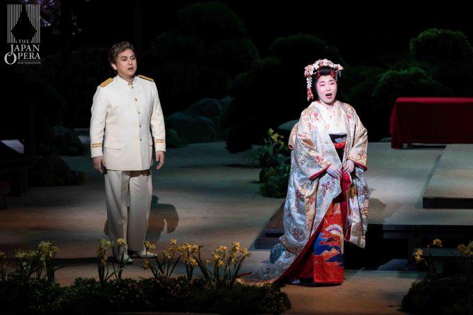 第1幕より 蝶々夫人(迫田美帆)、ピンカートン(藤田卓也)