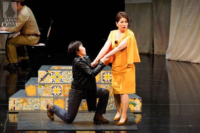 第1幕より リッカルド(迫田美帆)、ドラリーチェ(伊藤 晴)