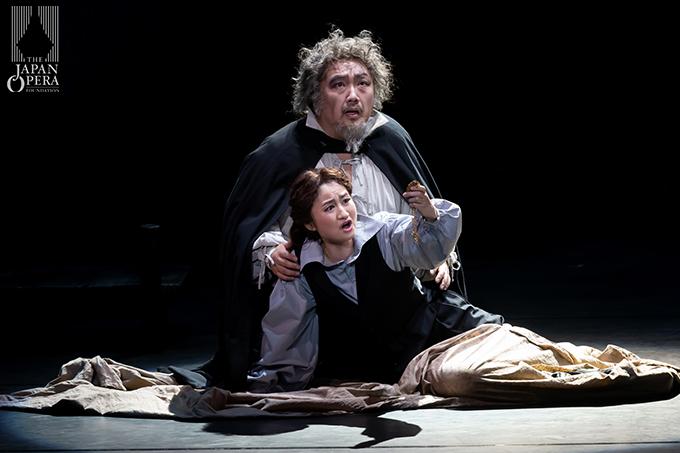 第3幕より リゴレット(上江隼人)、ジルダ(光岡暁恵)