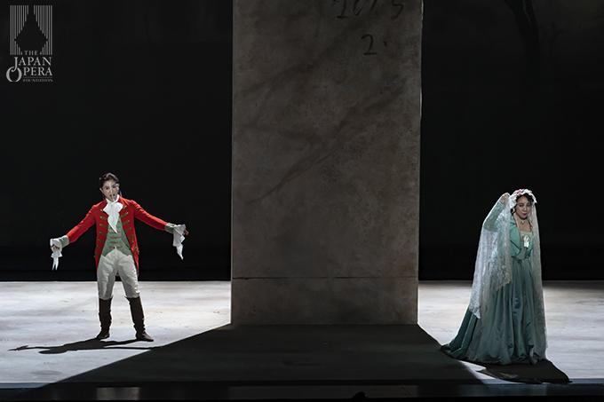 第4幕より 伯爵夫人(西本真子)、ケルビーノ(向野由美子)